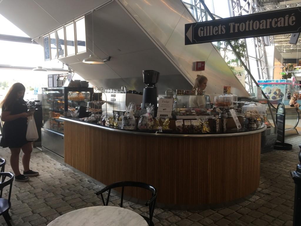 Gillets trottoarcafé, Överby, Trollhättan